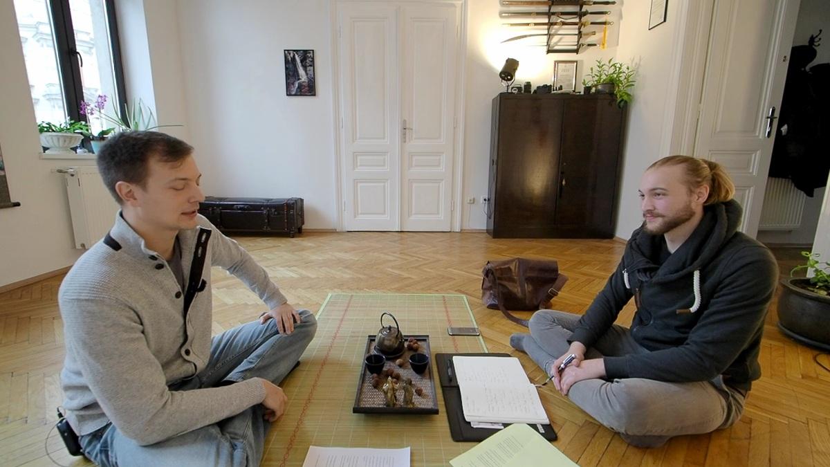 Wie man inneren Frieden mit Tai Chi & Taoismus findet (Interview)